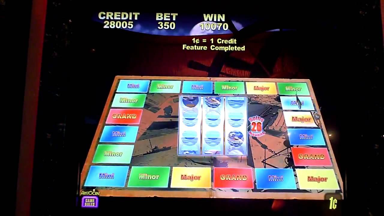 Jaws Slot Machine Online