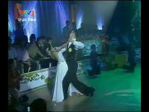Đoan Trang với điệu Valse - Bước nhảy Hoàn vũ 20.6.2010