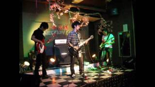 One Inch Closer - Glamorous Sky(Vamps cover) In Groove in Motion III