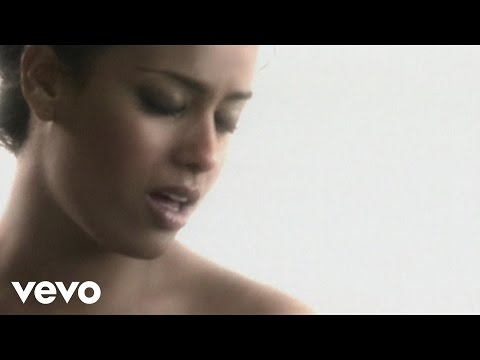 Amel Bent - Tu n'es plus là (Clip officiel)