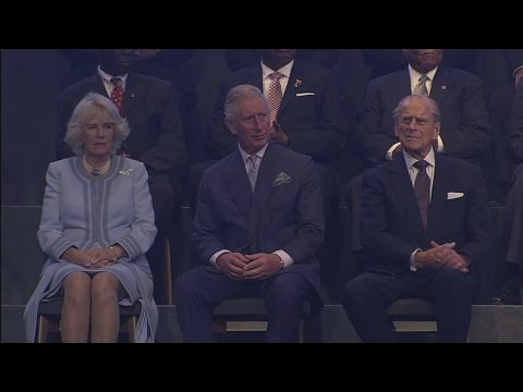Queen pays tribute to Prince Charles and Duke of Edinburgh