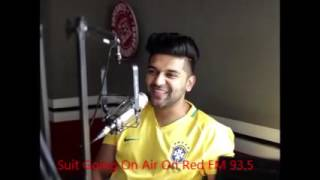 Download Hindi Video Songs - Guru Randhawa - Suit live at 93.5 Red FM