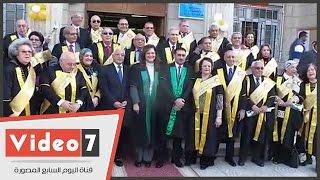 """""""سياسة واقتصاد القاهرة"""" تحتفل بدفعة 1965 بحضور على الدين هلال"""