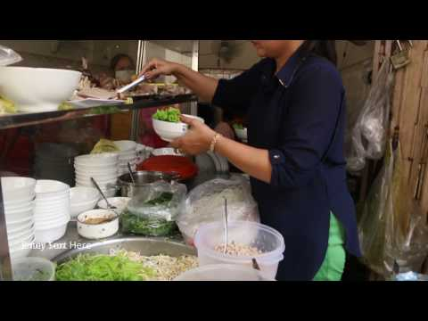Thumbnail: Cambodian Popular Breakfast - Phnom Penh Street Food Compilation - Fast Street Food In The City
