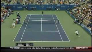 Roger federer between the legs shot vs. dabul - us open 2010! - tweener!
