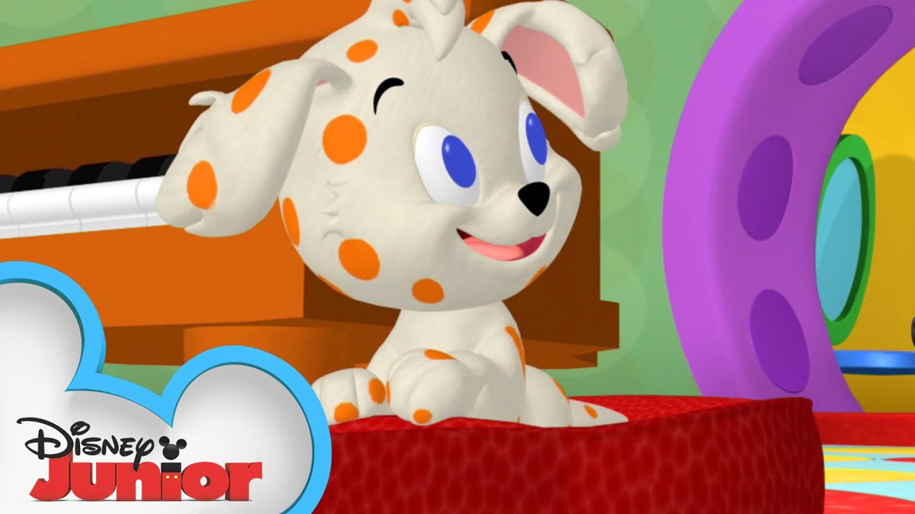Mickey And Friends Babysit A Puppy Mickey Mornings Mickey Mouse Clubhouse Disney Junior Youtube