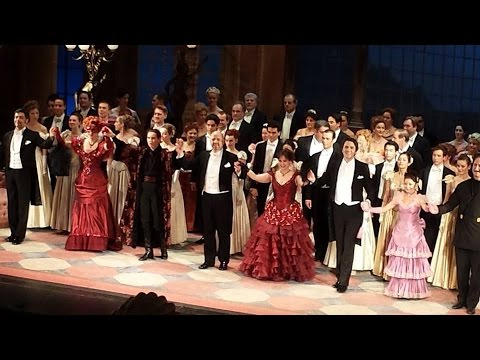 My Thoughts on Johann Strauss's Die Fledermaus at the Volksoper Wien