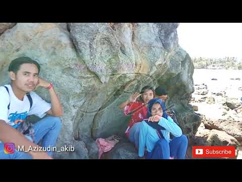 ngevlog-sama-cewek-cantik-di-wisata-pantai-kuta-lombok-tengah
