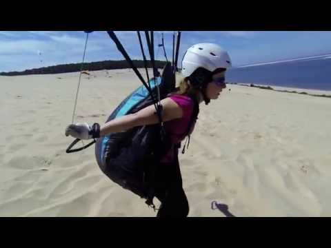 Dune de Pyla - Paragliding - a beginner girl plays with the wind.