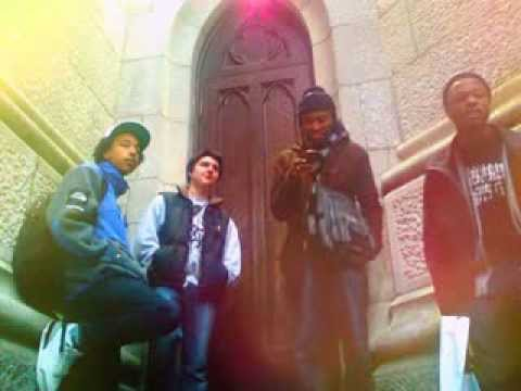 Hassaan Mackey and Ro Ransom freestyle w/ MWill at St. Patricks Cathedral