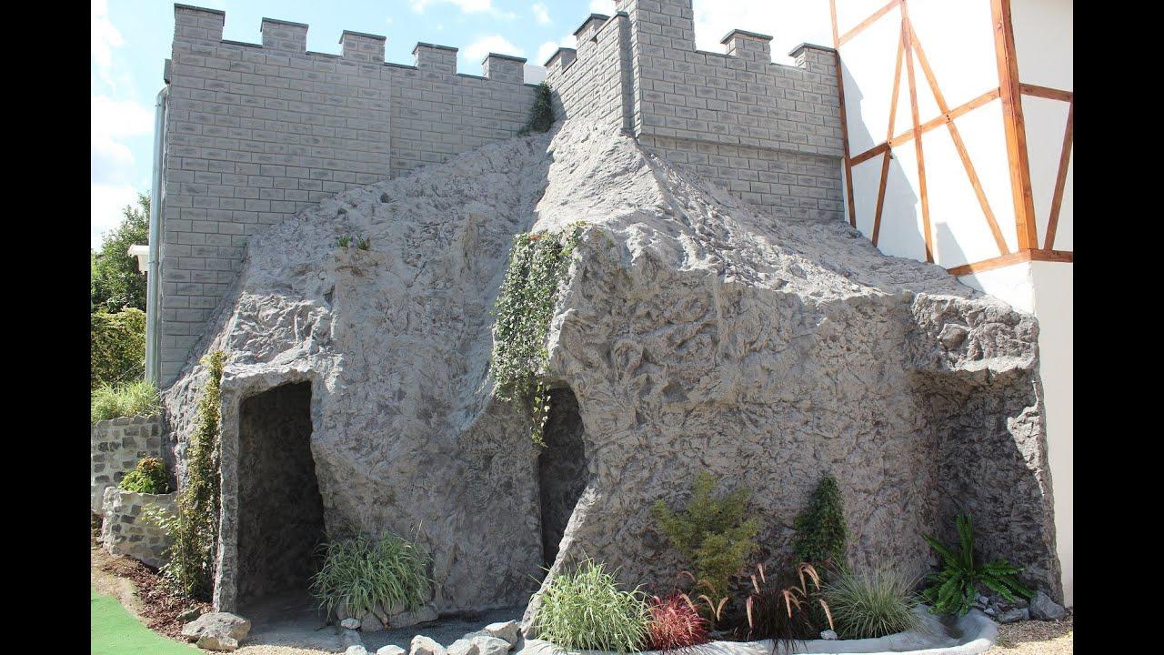 Felskulisse - Eine Burgmauer auf einem Berg aus Kunstfelsen - YouTube