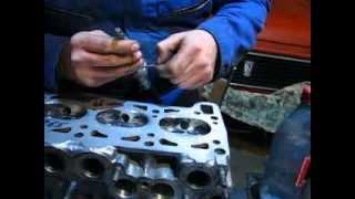 Как притереть клапана  своими руками без инструментаHow to grind in the valve?