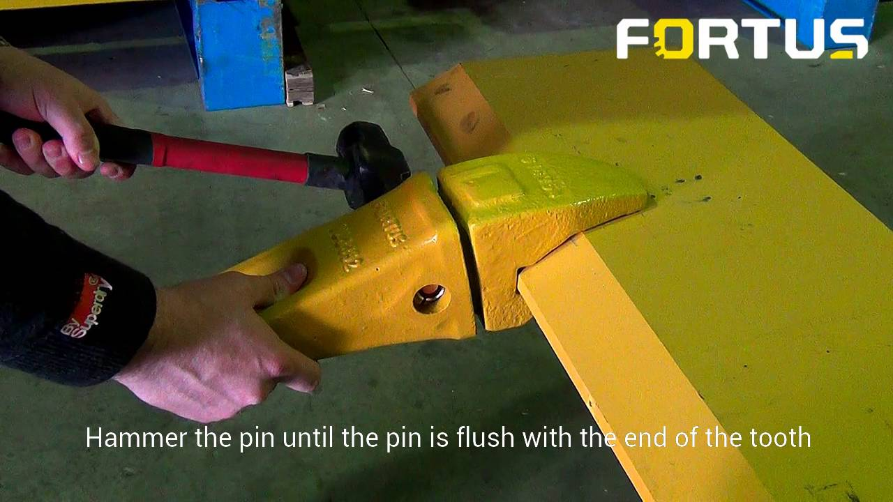 How to Install Bucket Teeth - CAT J Series | Fortus