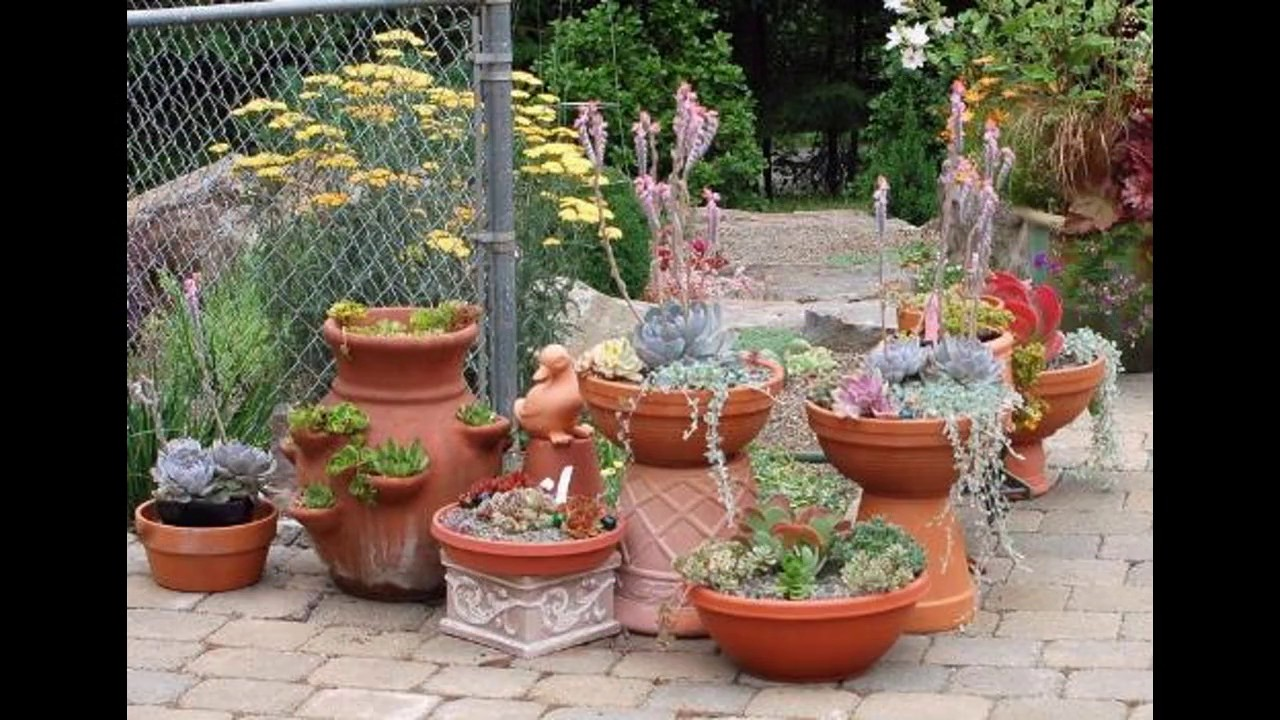 Ideas de dise o de jard n para espacios peque os youtube for Jardines para espacios pequenos