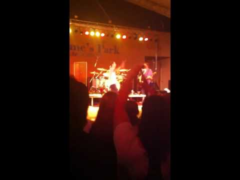Gin Blossoms Cover Eddie Money