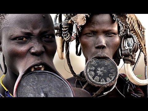 ปากฝังจาน !!! ความงดงามสุดแปลก ของผู้หญิงเผ่าเซอร์มา ในประเทศเอธิโอเปีย