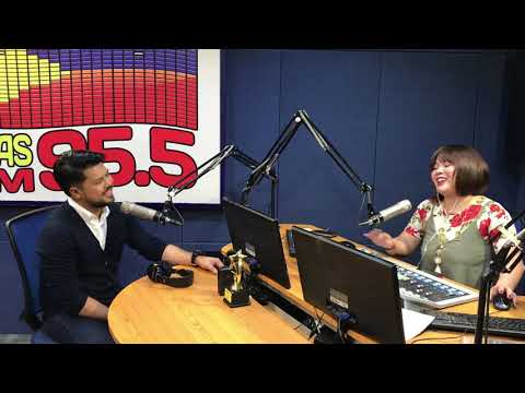 Moxx de Vera, Professional Host & Voice Coach