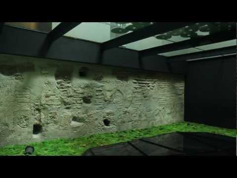 Punto caliente 34 - Muro gótico y suelo acristalado / Caro Hotel (Valencia, España)