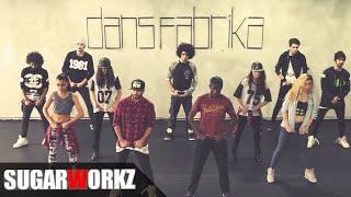 Çakallarla Dans 3 - Sıfır Sıkıntı / Orjinal Film Müziği - Video Klip