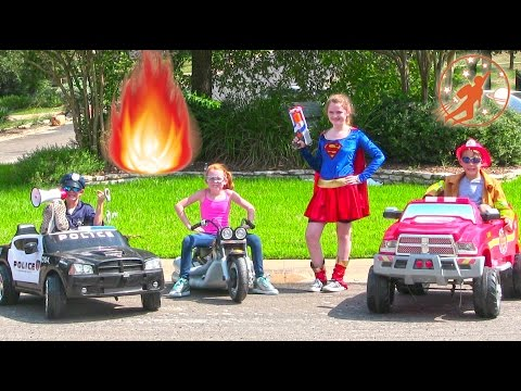 Little Heroes 45 - Superhero Intern, Supergirl and The Kid Firemen Driving Cars