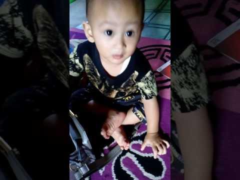 Aksi Gemas Baby Tian