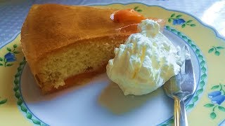 Абрикосовый бисквитный торт