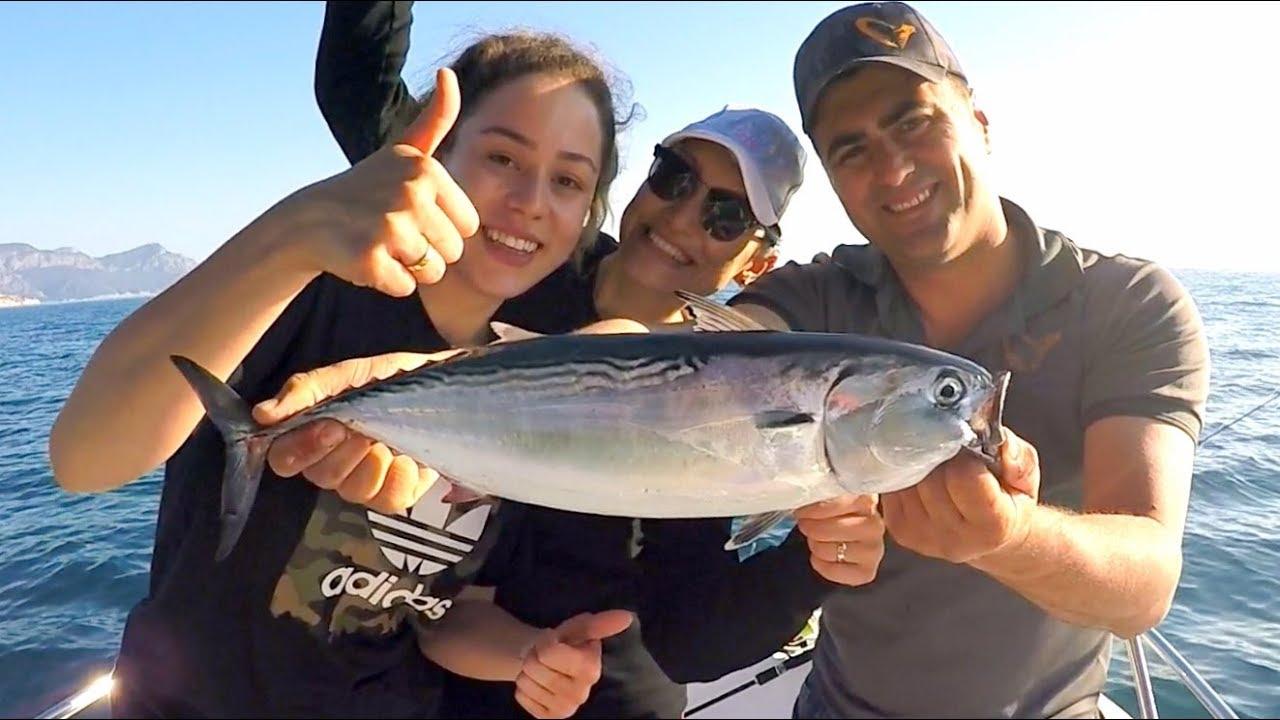 İzmirli Bayanlardan Jigging Şov / Birbirinden Güzel Balıklar Yakaladık !!