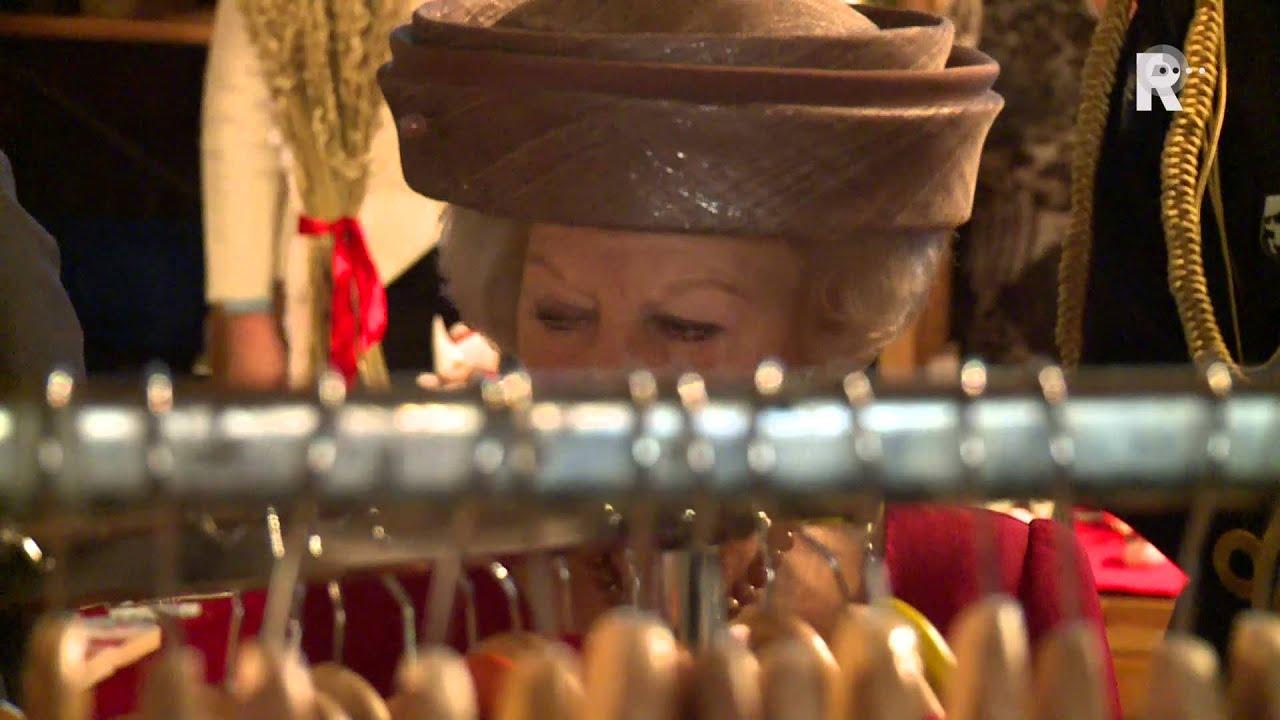 Prinses Beatrix Opent Kerstmarkt Noorse Kerk Youtube