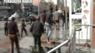 Yüksekova karıştı  6 polis yaralı   Video Galeri   YuksekovaHaber com