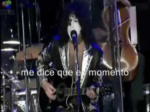 Que significa love lasts forever en español