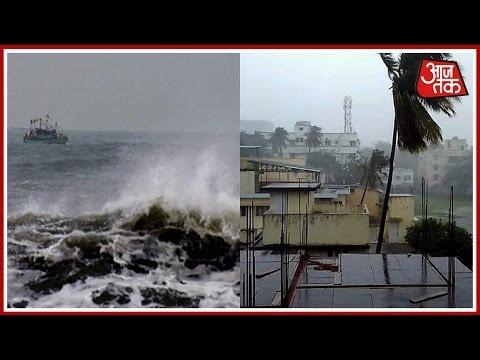 Cyclone Vardah rips through Tamil Nadu, Andhra Pradesh