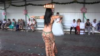 Юлия Каленюк,танец со свечами
