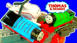 harold s high flying rescue trackmaster percy vs thomas accidents crashes toy fun
