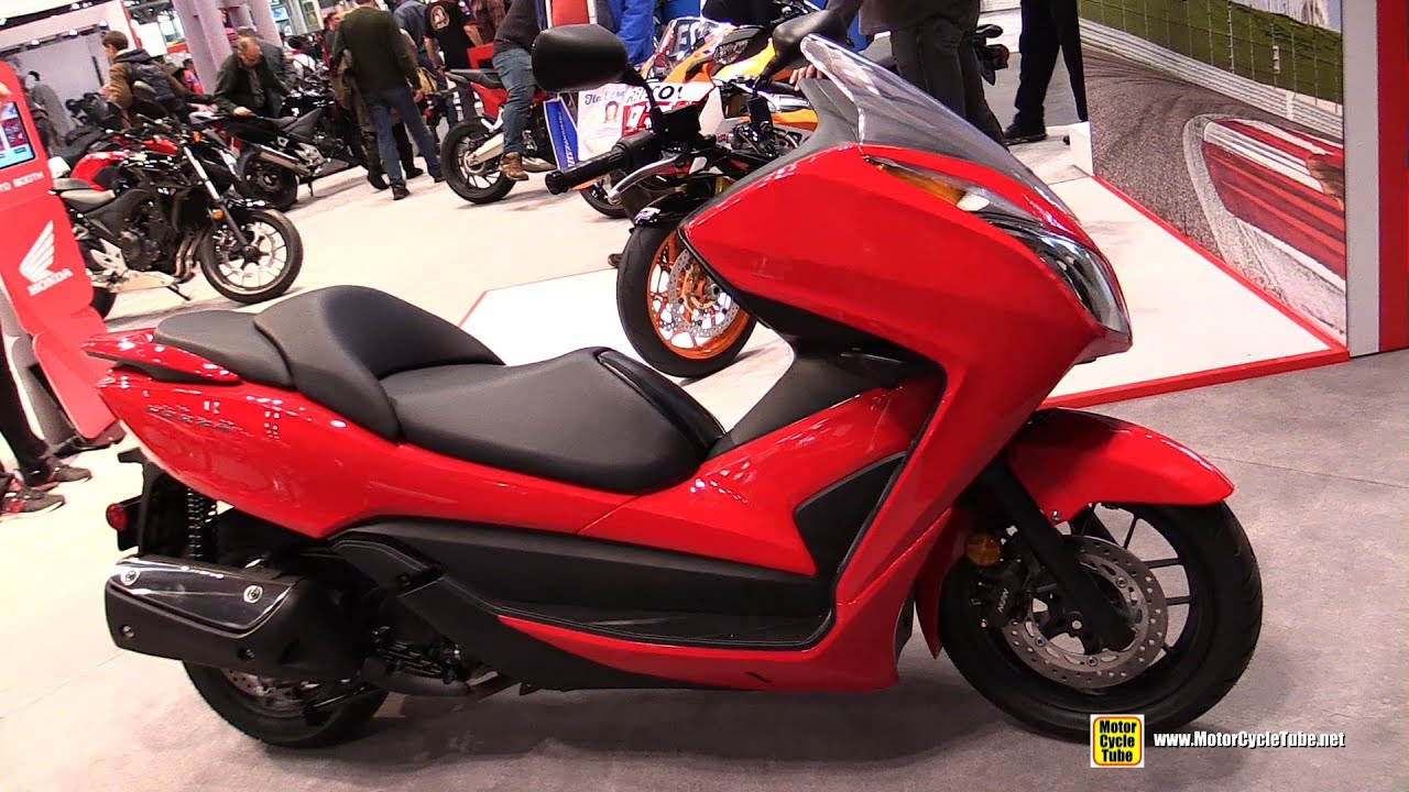 2015 honda forza 300 maxi scooter walkaround 2014 new york motorcycle show youtube. Black Bedroom Furniture Sets. Home Design Ideas