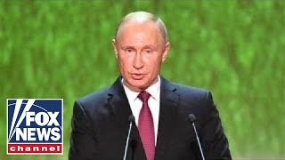 Putin's approval rating falls around 15 points in Russia