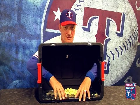 Jeff Banister Barehands The Box