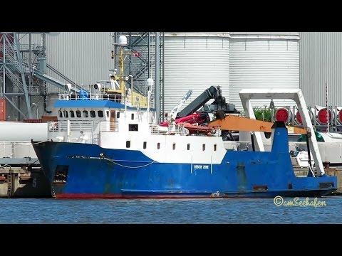ARCTIC HUNTER OUWK2 IMO 7719832 Emden multi purpose offshore support seaship