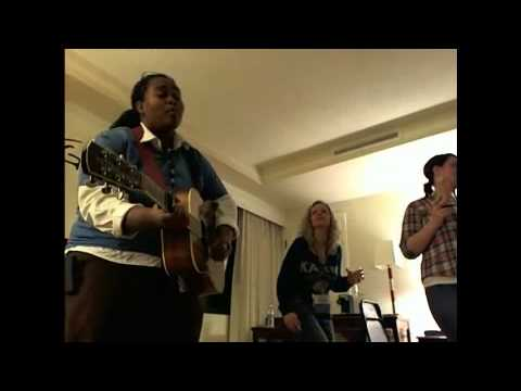 """The GoGirls Music """"After Party"""" sing-along at Folk Alliance 2012"""