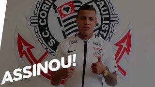Sidcley assina contrato com o Corinthians