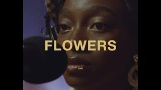 Смотреть клип Little Simz - Flowers Ft. Michael Kiwanuka