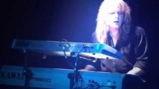 Magnum - Sacred Hour (live 1982)