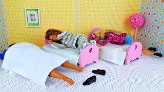 УЧИТЕЛЯ ПРОСПАЛИ ШКОЛУ ! Про Школу куклы Барби