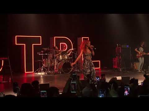 SZA Brings Out Travis Scott In Houston For