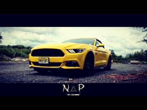 2017 Ford Mustang GT 5.0 L V8 (Yellow & Black Convertible Coupe)