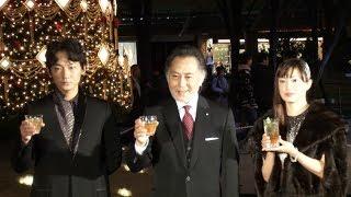俳優の北大路欣也(70)、綾野剛(31)、女優の菅野美穂(36)が12日、...