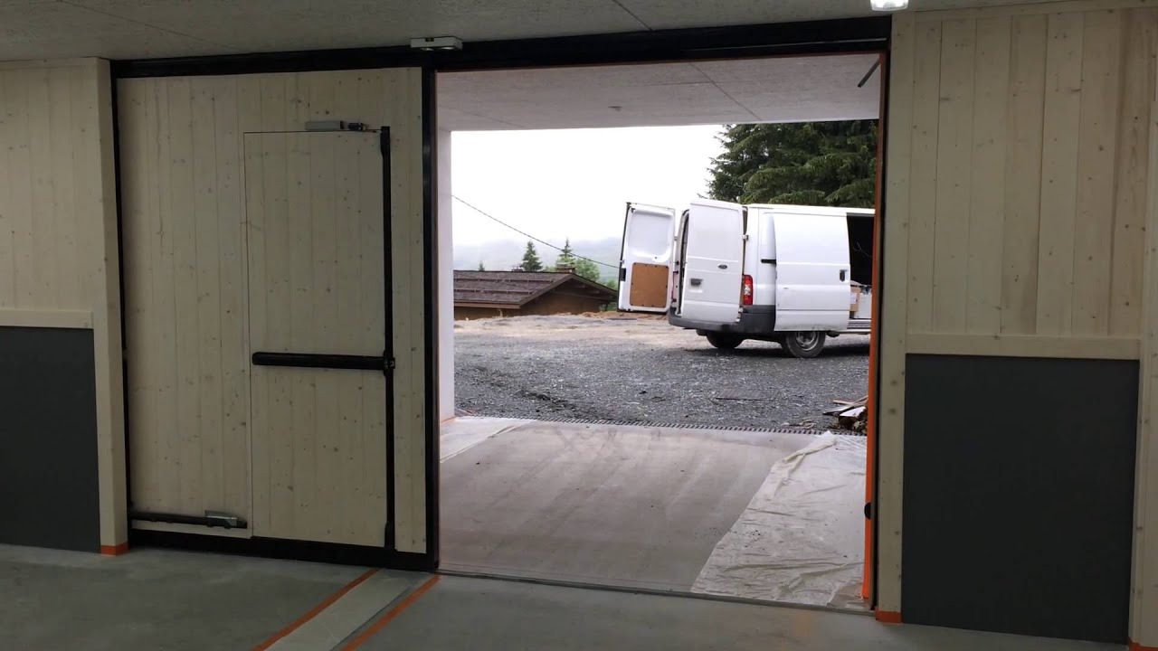 Porte garage coulissante 1 youtube - Portes garage coulissantes ...
