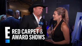 Garth Brooks Reacts to CMA Entertainer of the Year Win | E! Live from the Red Carpet