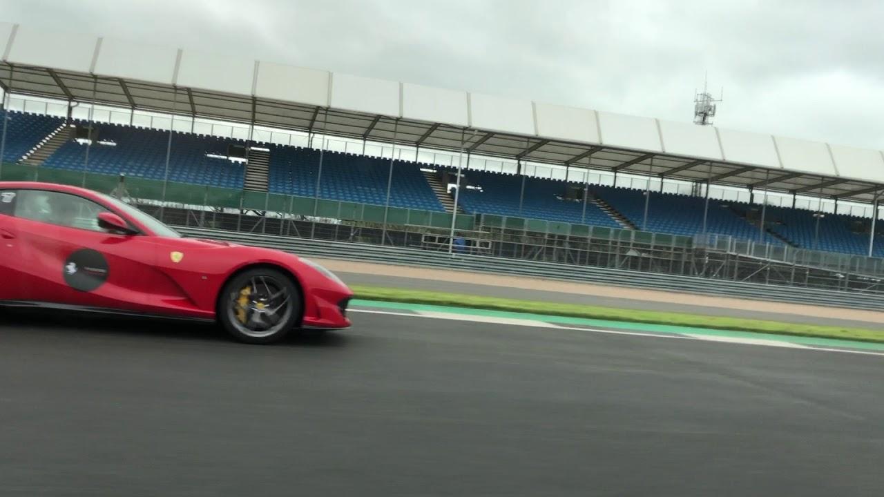 Ferrari 812 Superfast vs F12- Ferrari Passione - YouTube
