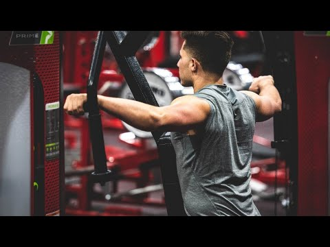 How To Properly Use The Rear Delt Fly Machine (+ BONUS TIP)