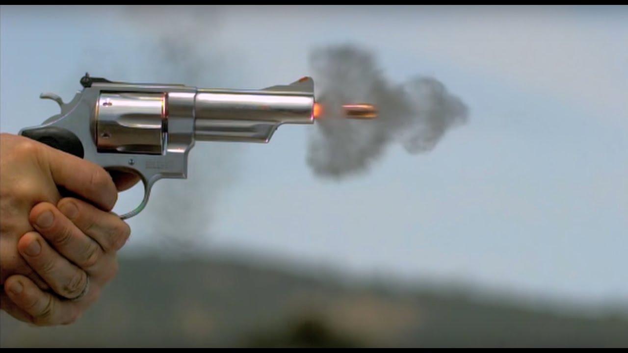 44マグナムの威力がわかる実験動画 ゲルブロックを撃ったら – grape ...